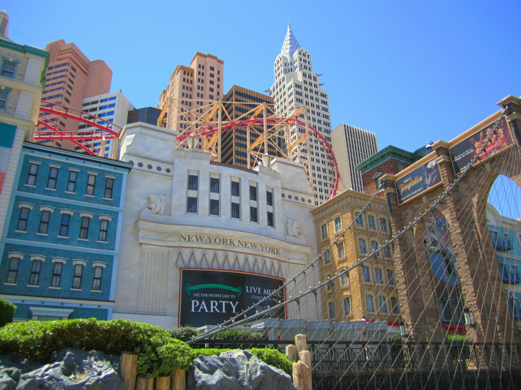 7 Things To Do In Vegas (Besides Gambling and Drinking)