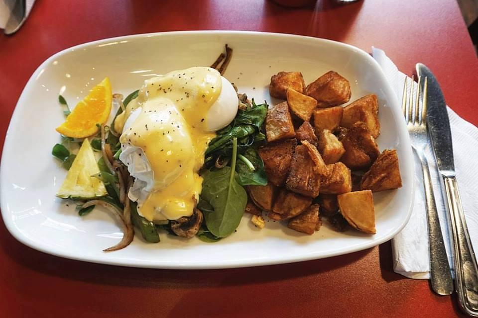 Three Must-Try Breakfast Restaurants in Victoria, BC